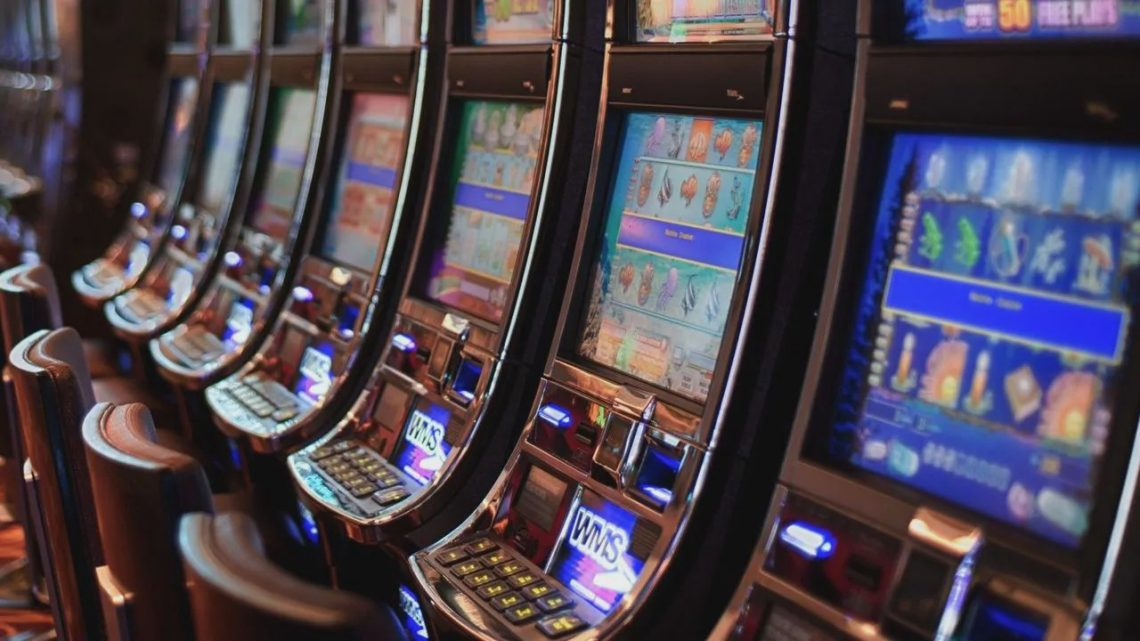 Old Pokies Classics Re-Mastered online